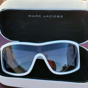 Marc Jacobs White Sunglasses with case